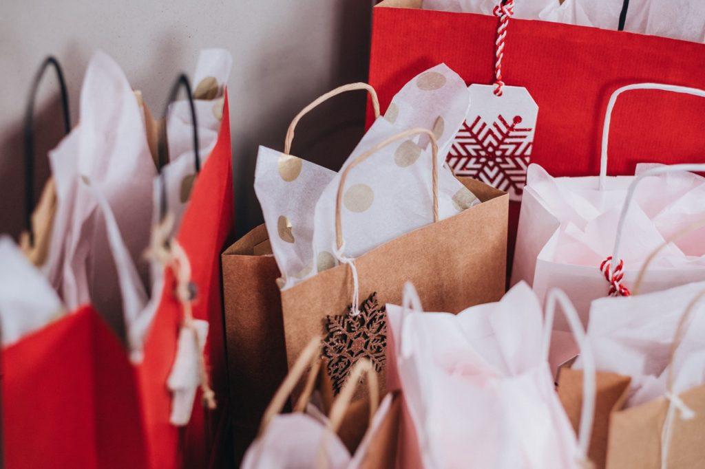 Czy prezenty na święta dla klientów mają jeszcze sens?