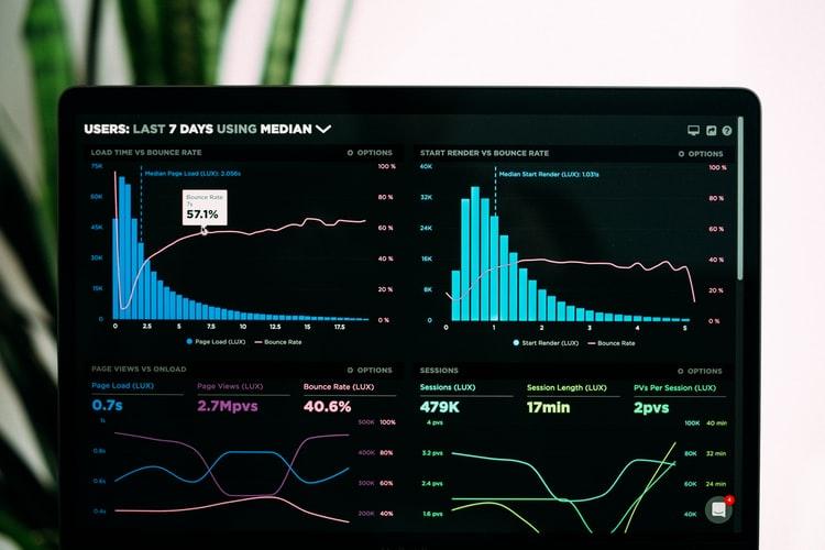 10 narzędzi pomocnych na drodze do stania się Data Scientist w 2020