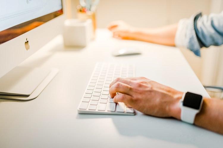 Co różni Analityka Biznesowego od Analityka Danych ?